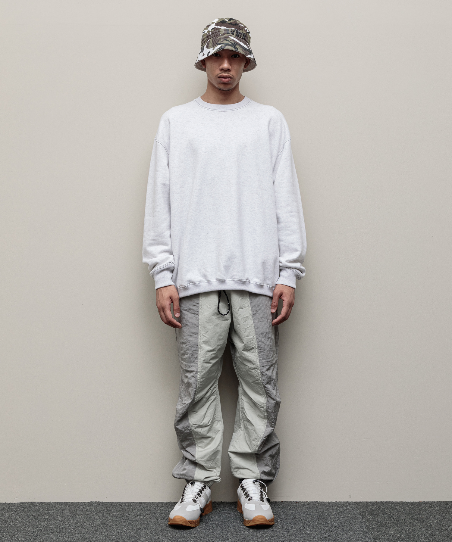 COLOR BLOCKED NYLON TRACK PANT